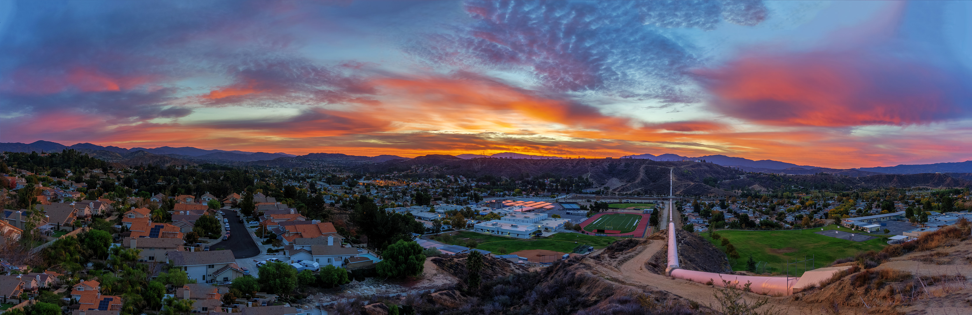 Santa Clarita Sunrise ove Saugus High School